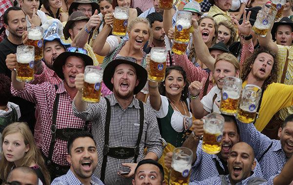 Oktoberfest in Munich - Page 7 10031423