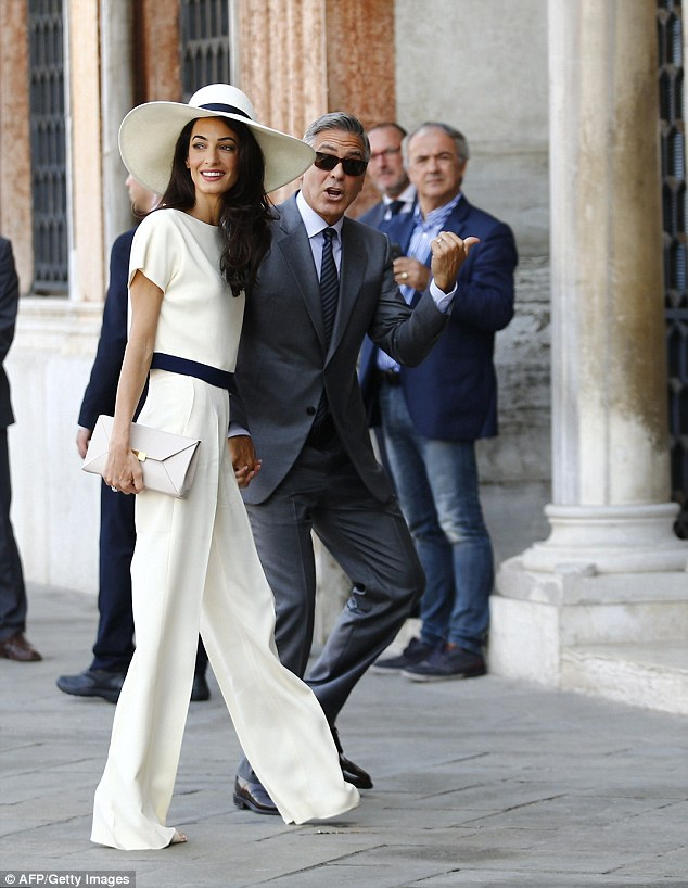 George Clooney, Amal Alamuddin Get Married - Page 2 14120711