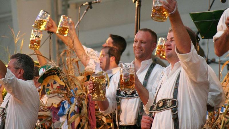 Oktoberfest in Munich - Page 6 31982510