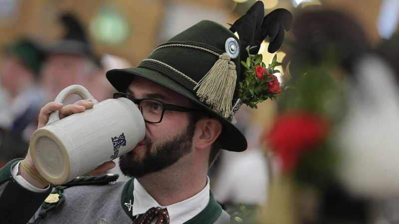 Oktoberfest in Munich - Page 6 33634210