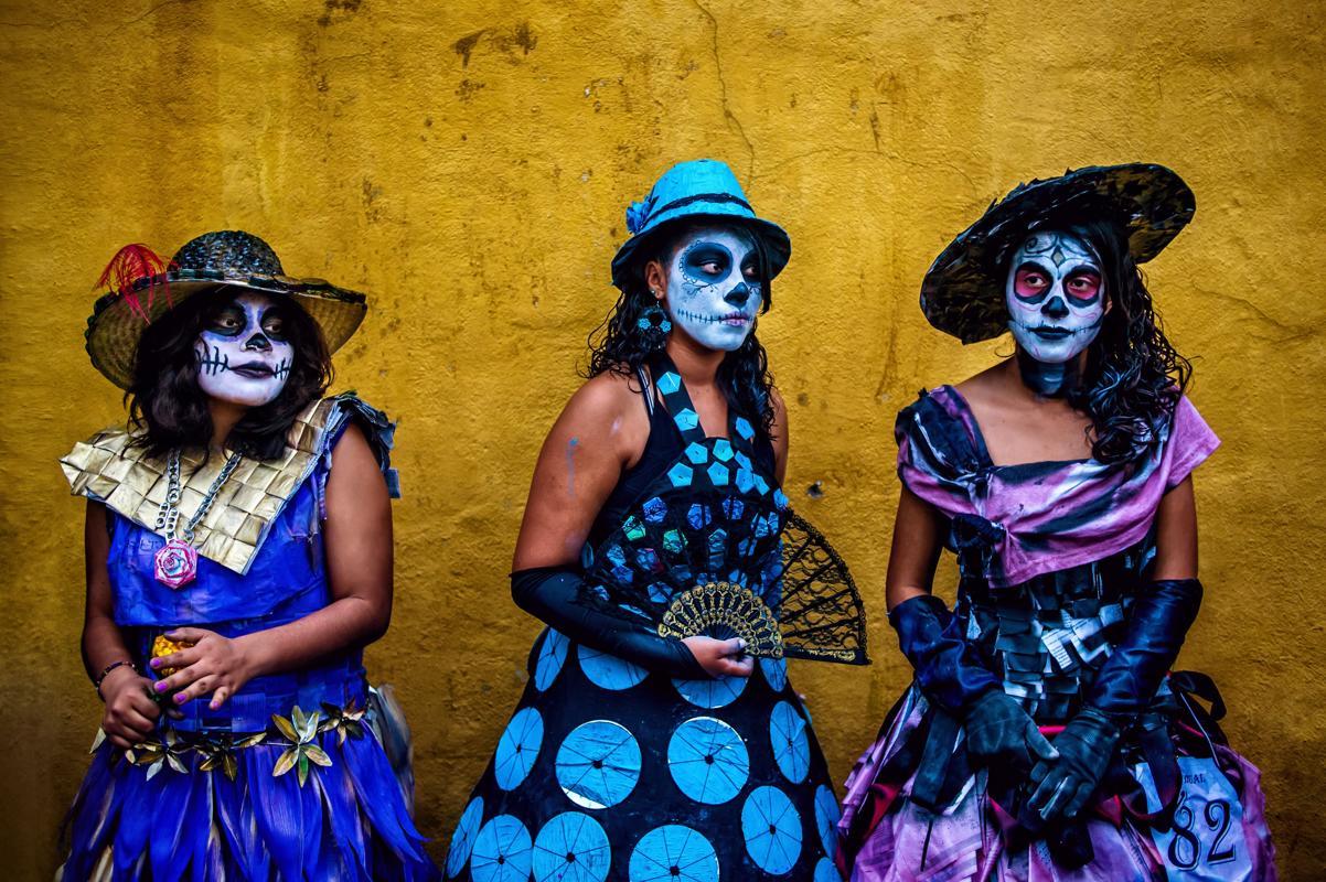 Dia de Los Muertos  - Page 2 7dd3b510
