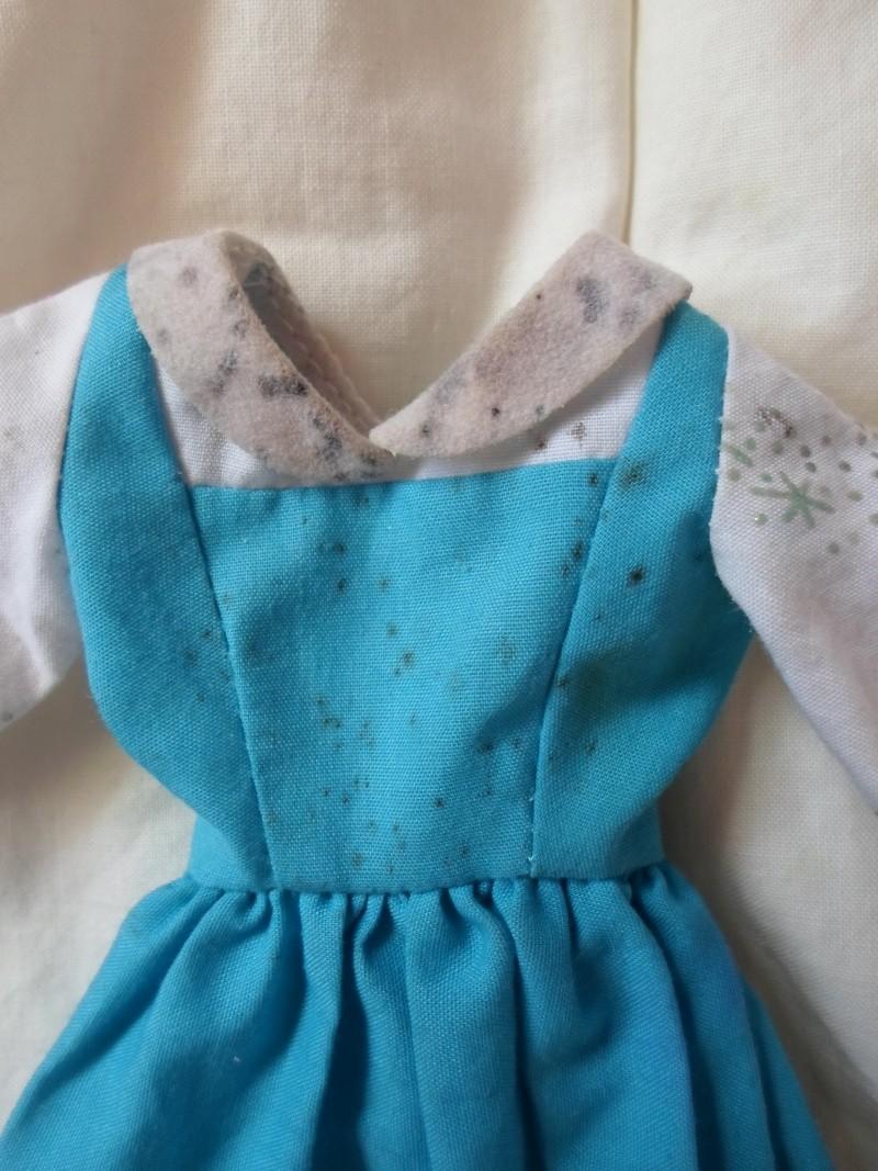 [NETTOYAGE] Champignons/moisissures sur vêtement Sam_4511