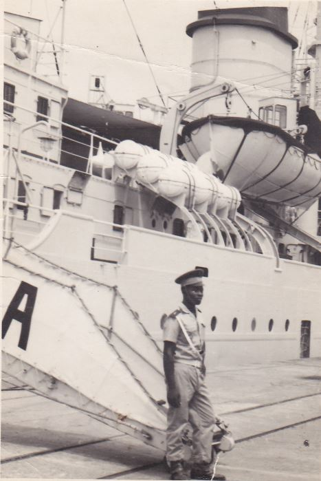 1964 - A957 (Antilles - Europe du nord - Méditerranée) - Page 2 Abidja10