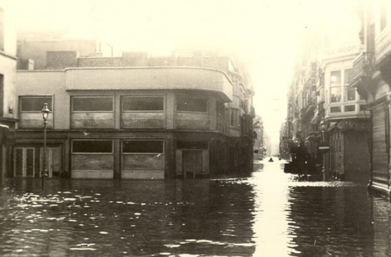 Ostende 1953 Innondations - Page 3 Inonda16