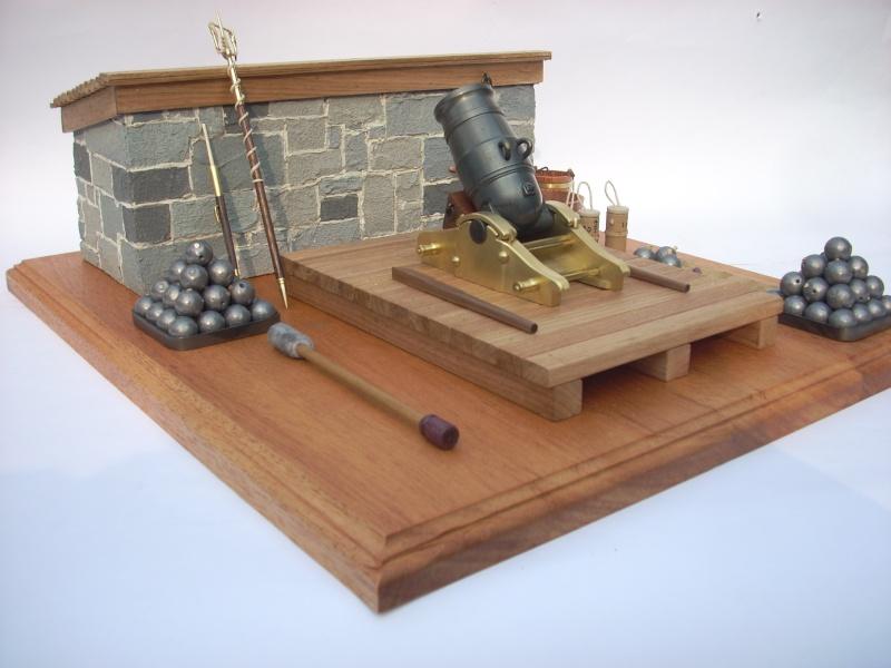 Mortier naval anglais de 10 pouces, sur affût de fonte Dscn8310