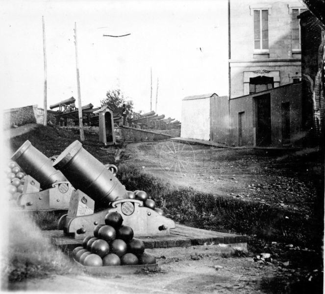 Mortier naval anglais de 10 pouces, sur affût de fonte Grande10