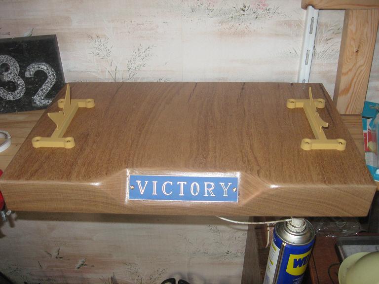 HMS VICTORY au 1/100ème de HELLER Img_8815