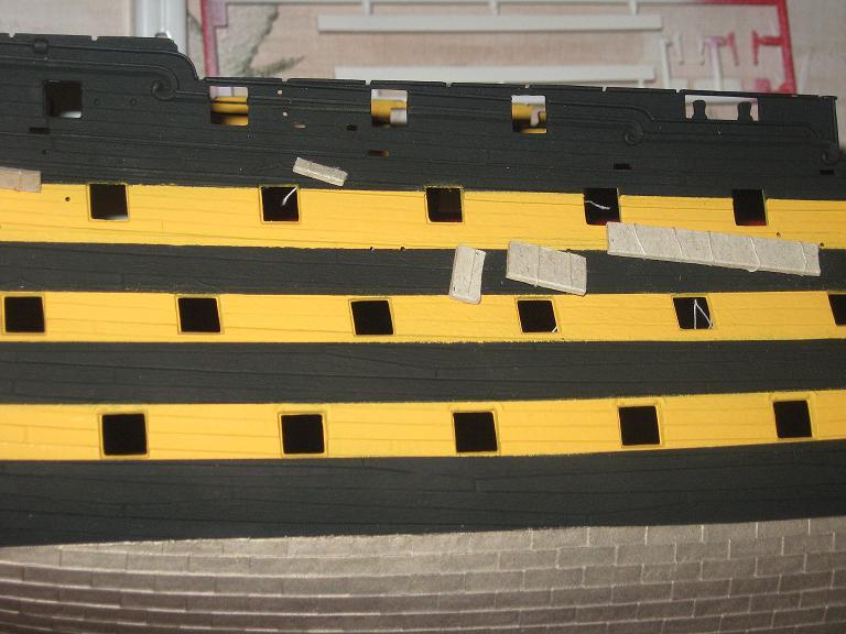 HMS VICTORY au 1/100ème de HELLER Tendeu10