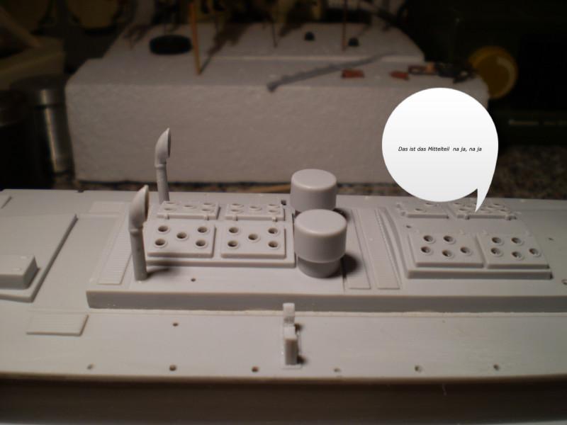 "Airfix  German ""E""Boat 1:72 P4230010"
