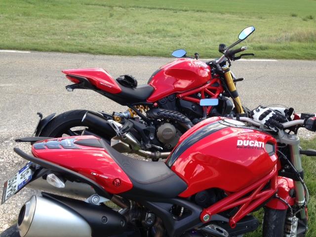 M1200S rouge [ moto volée cette nuit] / Présentation new 1200S Blanche - Page 2 Photo_16