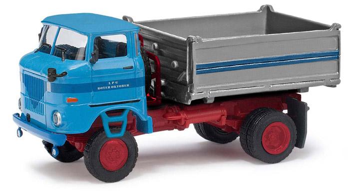 """LPG """"Roter Oktober"""" verschiedene Fahrzeuge im Design dieser LPG 9513010"""