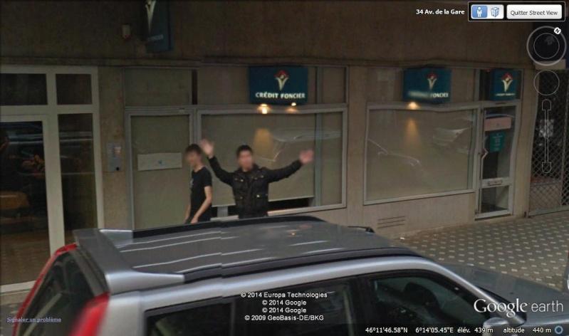STREET VIEW : un coucou à la Google car  - Page 26 Cou2210