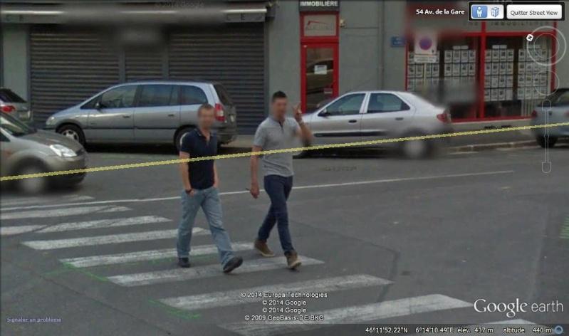STREET VIEW : un coucou à la Google car  - Page 26 Cou22111