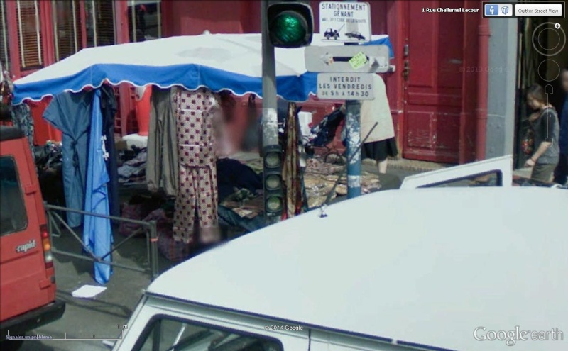 STREET VIEW : les scènes de marchés et brocantes - Page 2 Habit110