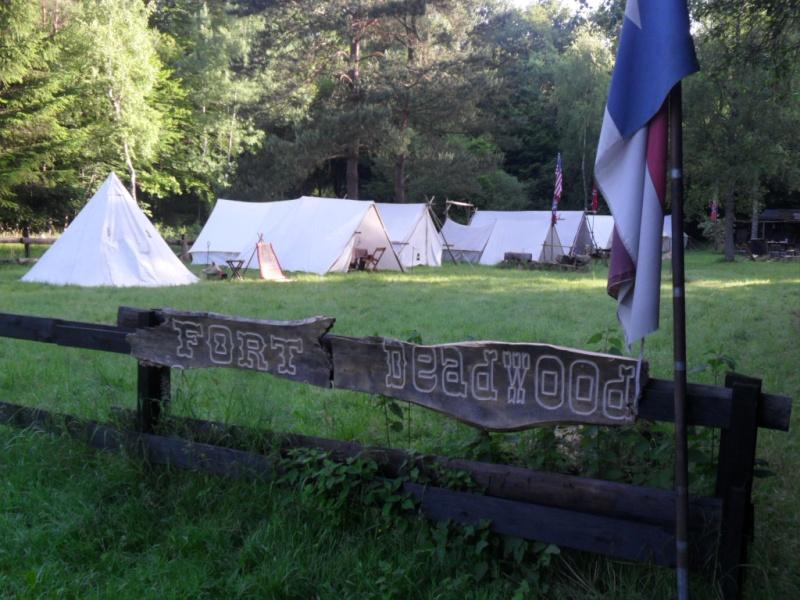 Images du camp de la Pentecôte 2014 à Fort deadwood Deadwo43