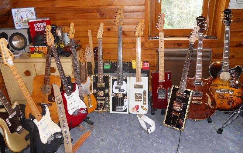Les photos de vos guitares & Co... - Page 4 Gratte10