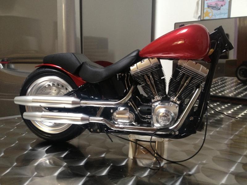 1:6 Harley Davidson Fat Boy Lo (2) 00315