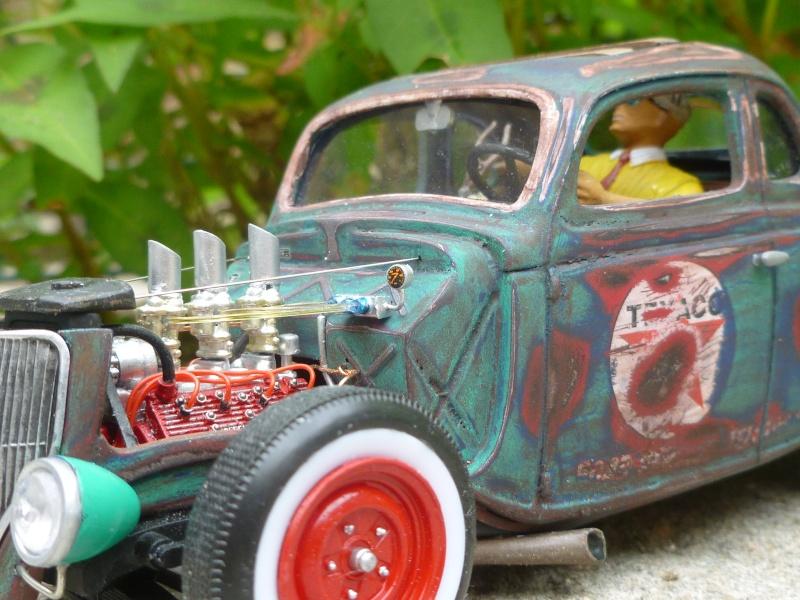 Ford 36' rat rod to Texaco P1020673