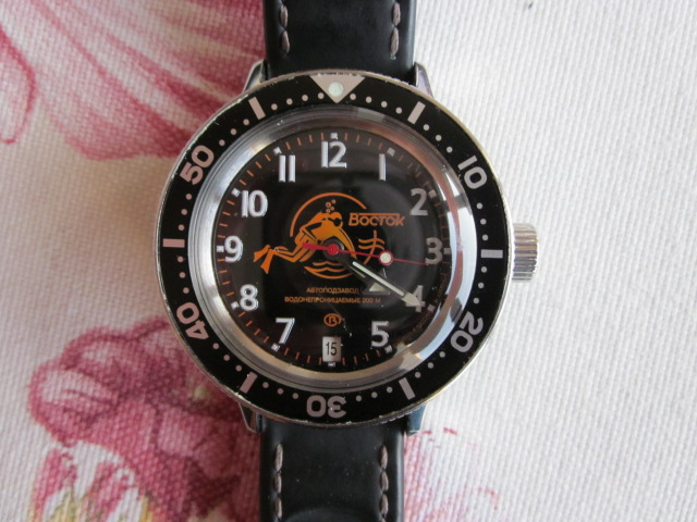 Vos montres russes customisées/modifiées - Page 2 00911