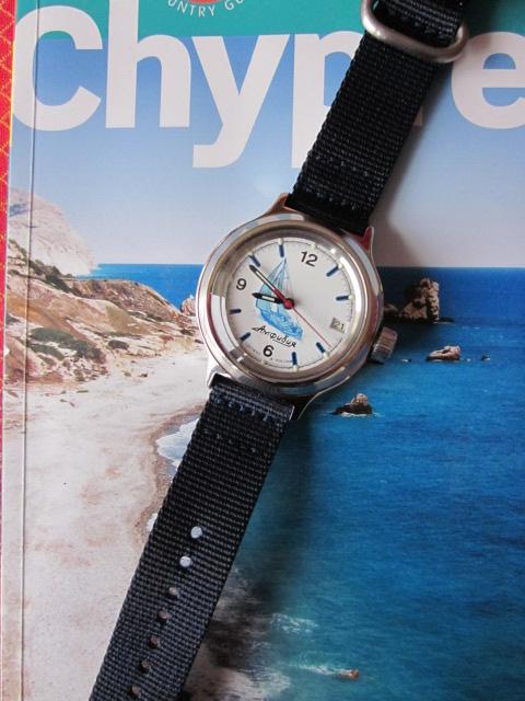 Vos montres russes customisées/modifiées - Page 2 Bleu_m10
