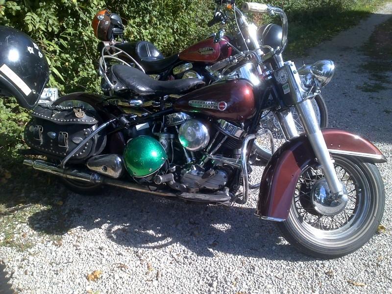 Les vieilles Harley....(ante 84) par Forum Passion-Harley - Page 40 Rogues11