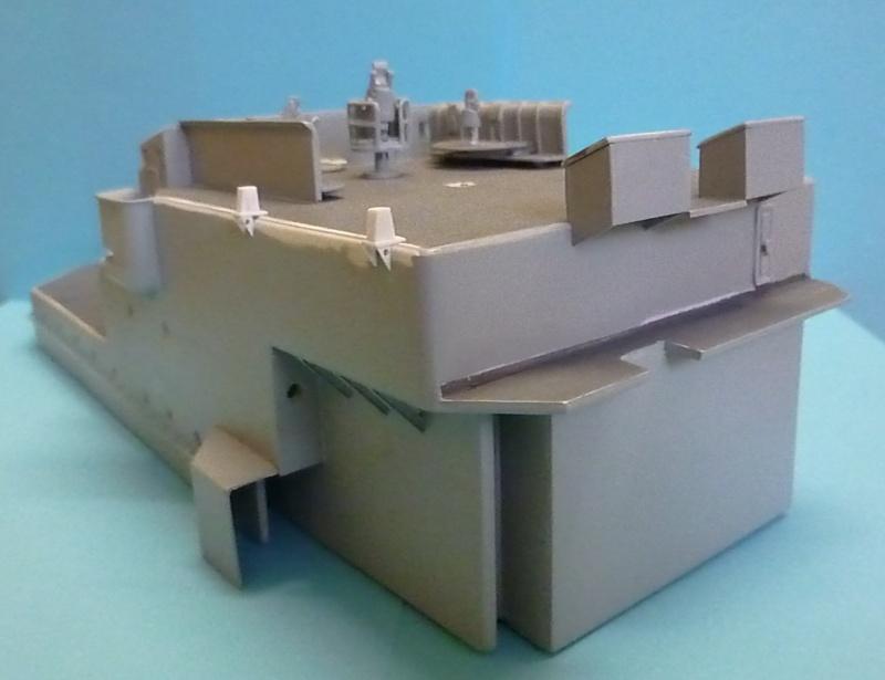 """Escorteur d'escadre """"La Galissonnière""""  plan MRB 1/100è (le chantier a réouvert ses portes) - Page 29 P1000012"""