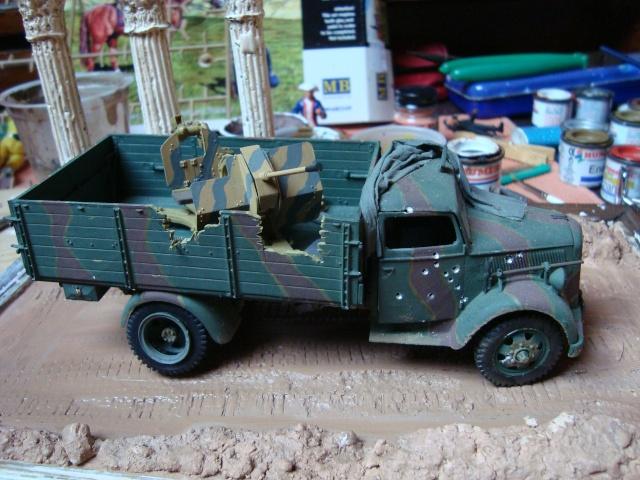 Opel Blitz, Allemagne 1945 (Italeri & Tamiya 1/35) Dsc03921