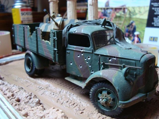 Opel Blitz, Allemagne 1945 (Italeri & Tamiya 1/35) Dsc03922