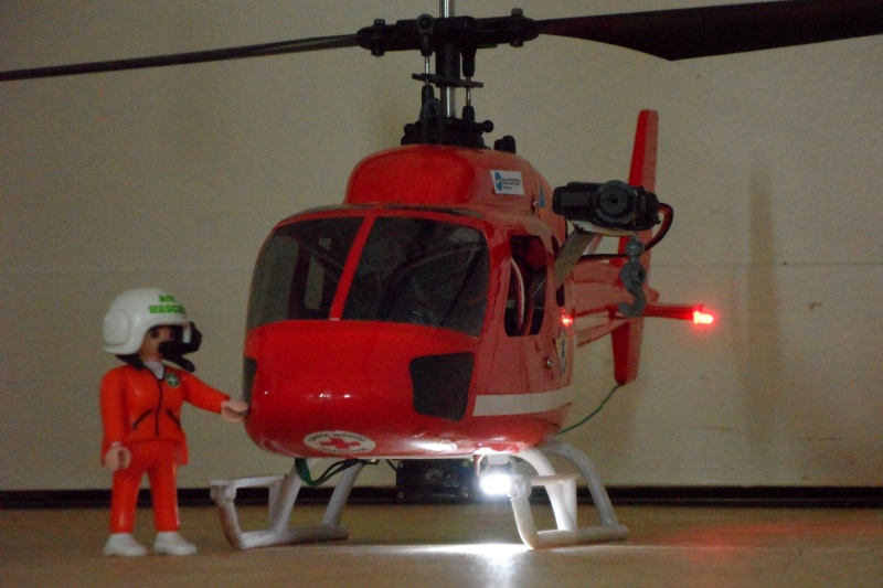 SAR 474 : BL sauvetage/bombardier d'eau - Page 10 Sam_4410