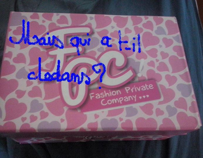 Qui a t-il dans cette boîte? Boite10