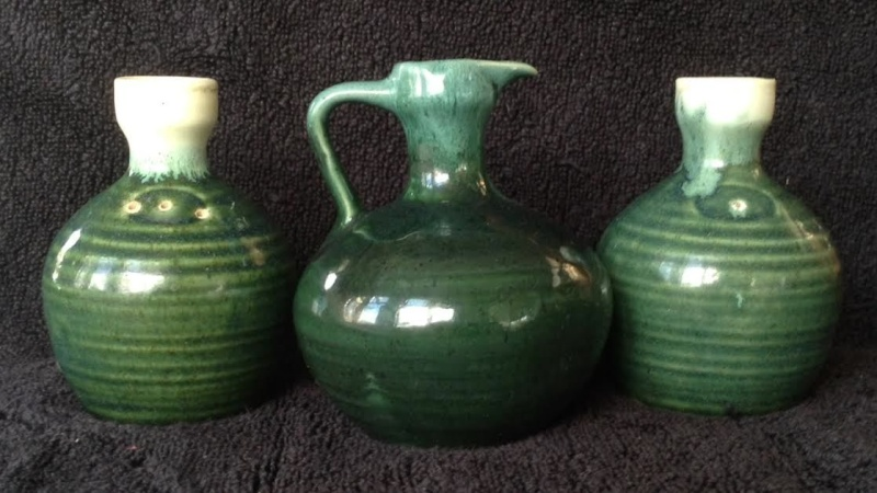 NZ pottery from the 70s is made by Orzel Jugps10