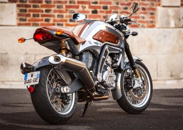 Une moto francaise pour 2016... 2410