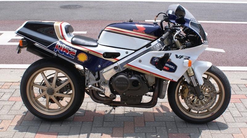 Honda RC 30 - Page 5 Rc30ro10