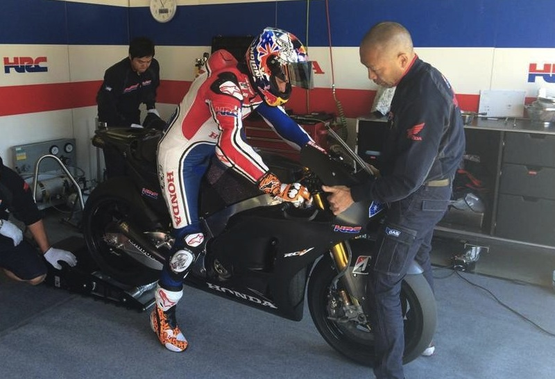 Moto GP Saison 2015... Stoner10