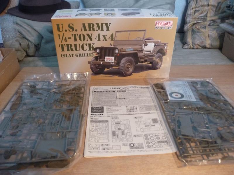 FINEMOLDS 1/20éme - U.S.ARMY 1/4 ton 4X4 TRUCK - JEEP ( SLAT GRILLE) P1050643
