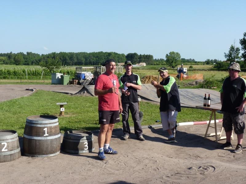 [Reportage course] GP - AMR33 du 7/8 Juin 2014 - Page 2 P1120610