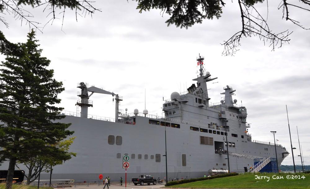 Le BPC Mistral, de la marine nationale française, en visite à Québec Srb_0655