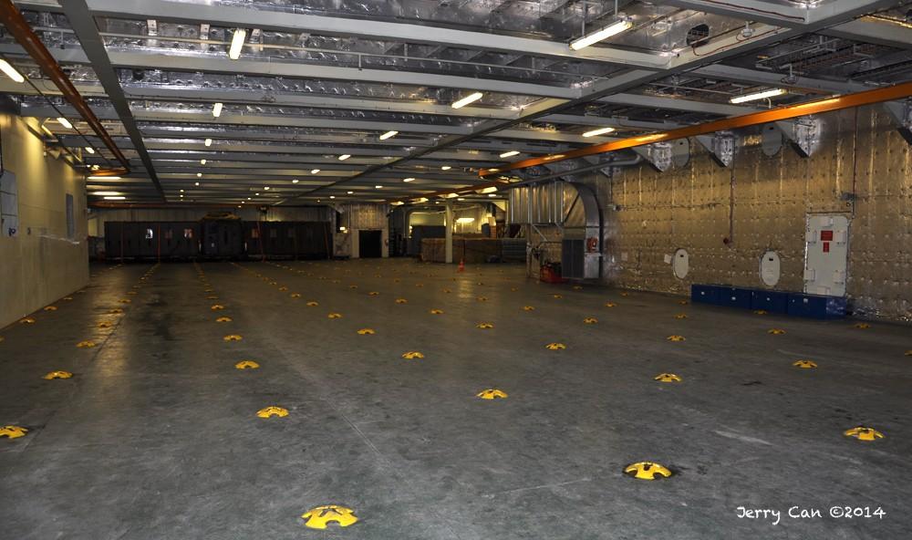 Le BPC Mistral, de la marine nationale française, en visite à Québec Srb_0671