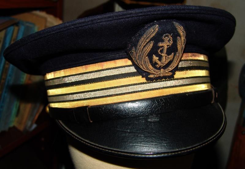 Casquette officier de marine WW2 Dsc09624