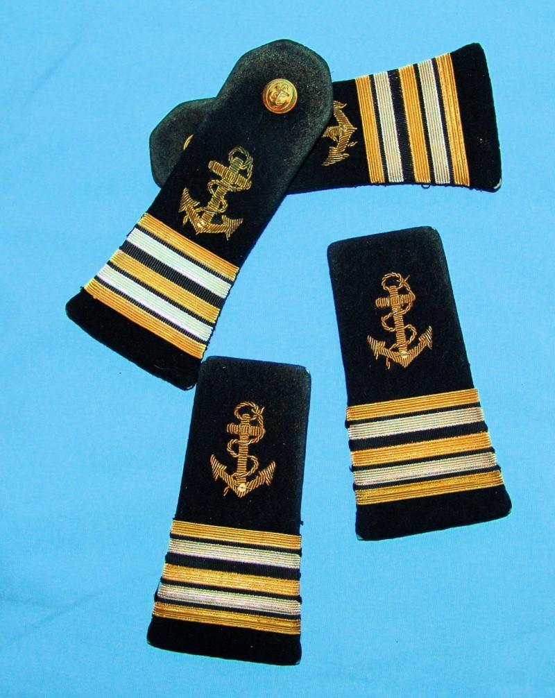 Casquette officier de marine WW2 Dsc09627