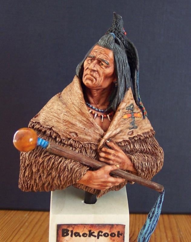 Blackfoot raven Bearer..Büste von Young Miniatures in 1/10...... Fertig32