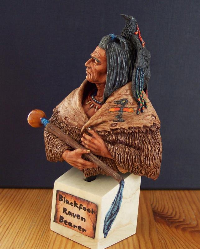 Blackfoot raven Bearer..Büste von Young Miniatures in 1/10...... Fertig36