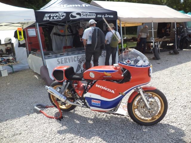 Coupes moto Legende 31 mai - 1er juin Dijon Prenois Dsc08015