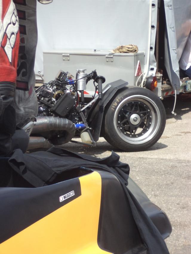 Coupes moto Legende 31 mai - 1er juin Dijon Prenois Dsc08027