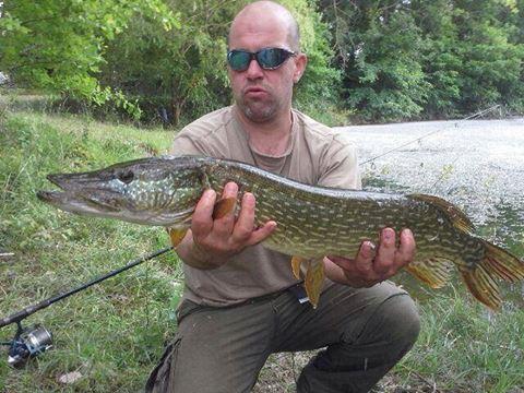 Les fishs pris au Domaine de la Longère 97463110