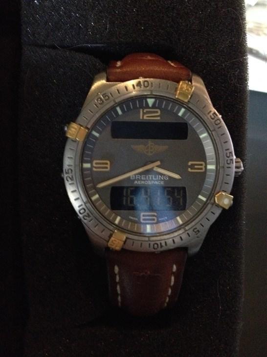J'hésite entre trois montre (oris, breitling,tag heuer) Umsbfo11