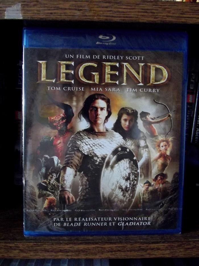 Les DVD et Blu Ray que vous venez d'acheter, que vous avez entre les mains - Page 37 02511