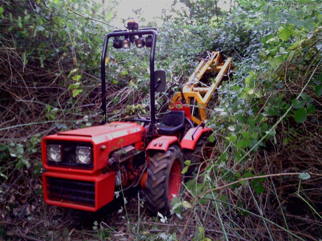 """Valpas"" mi tractor valpadana 4rm 300 Image10"