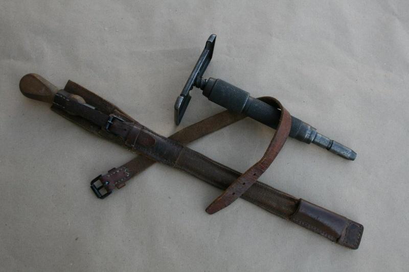 Le Fusil-Mitrailleur de Châtellerault Mle 1924 M29 et accesoires - Page 3 Etui_b11