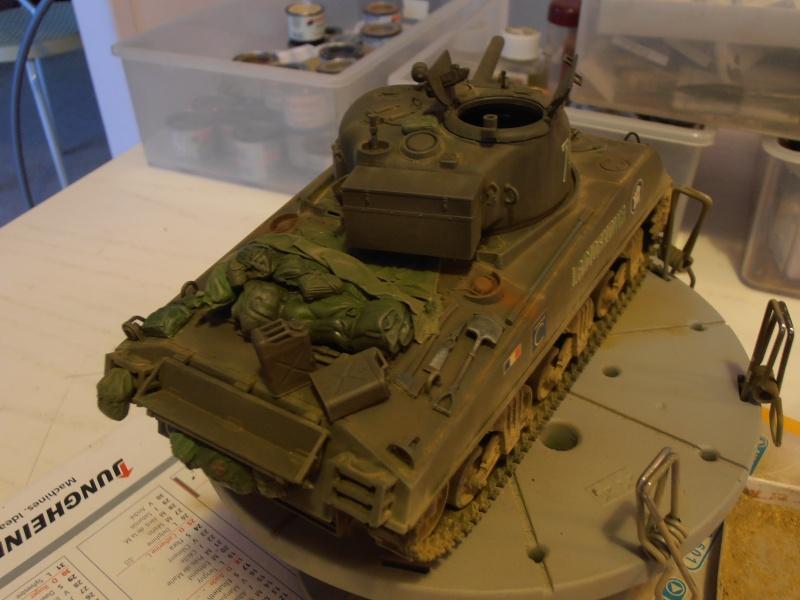 M4 105 Sherman au 1/35 les détails - Page 2 P2050013